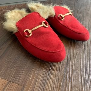 Red loafers with faux fur
